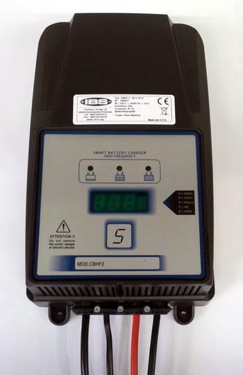 Elektronisches Laderät  48 V /20 A